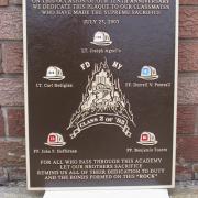 Bronze_plaques_016 E1456782237507